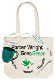 eco tote displays recyclable products